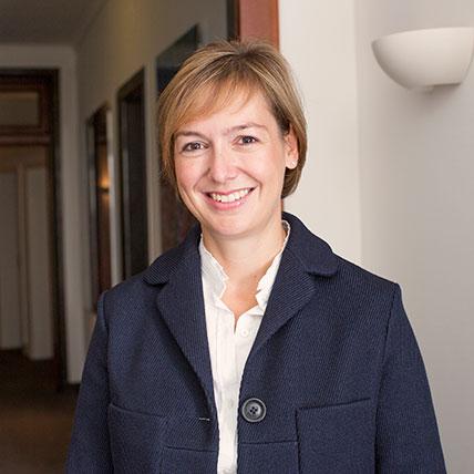 Dr. Anja Roemer